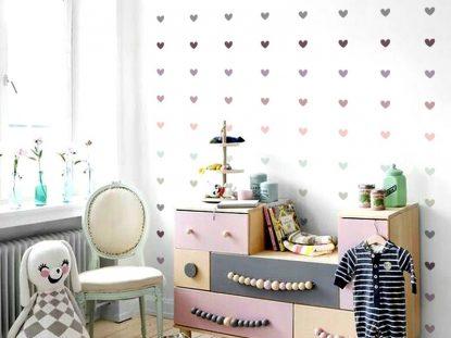 Adesivo de parede em quarto de criança