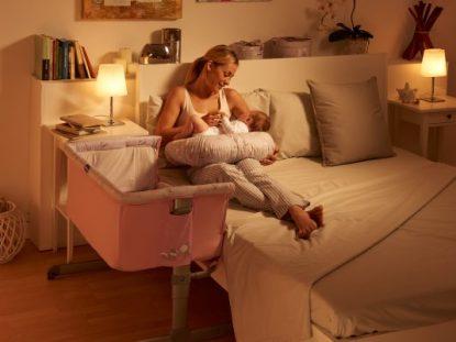 Até quando o bebê deve dormir no quarto dos pais